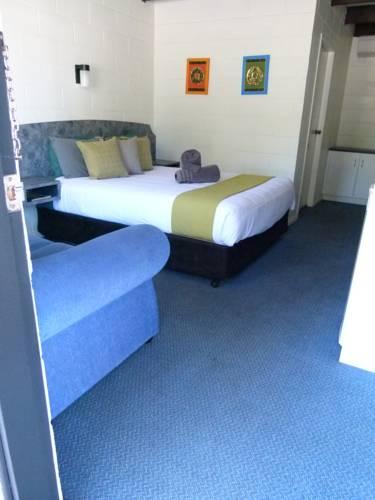 El Paso Motel Cover Picture