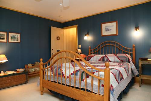 Boxwood Inn Bed & Breakfast Cover Picture