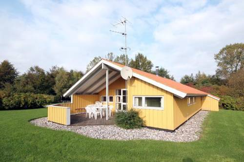 Four-Bedroom Holiday home in Faxe Ladeplads Cover Picture