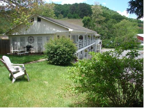 Hearth & Home Inn - Maggie Valley Cover Picture