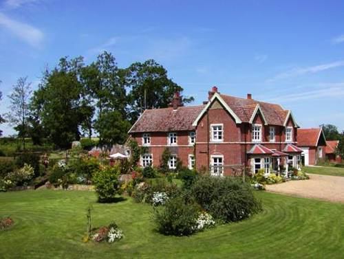 Earsham Park Farm Cover Picture