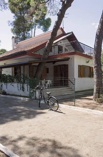 Villa Delia Cover Picture