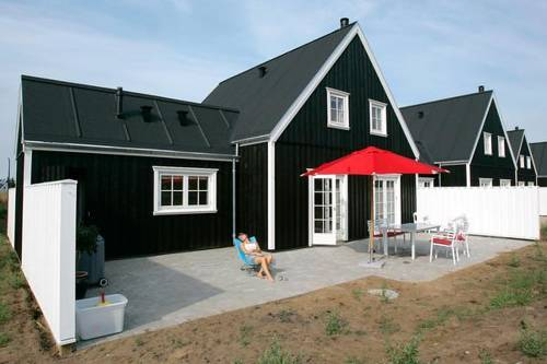 Three-Bedroom Holiday home in Blokhus 3 Cover Picture
