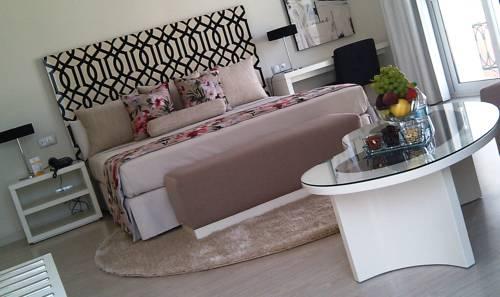 Hotel Al Mandari Cover Picture