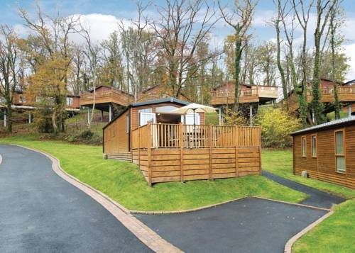 Finlake Lodges Cover Picture