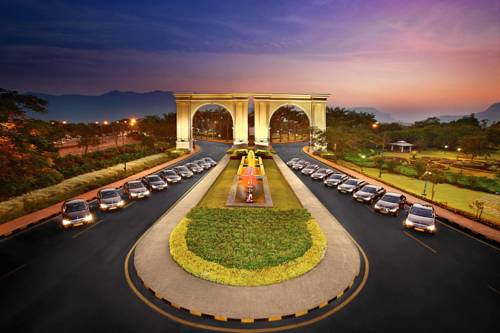 Aamby Valley City Cover Picture