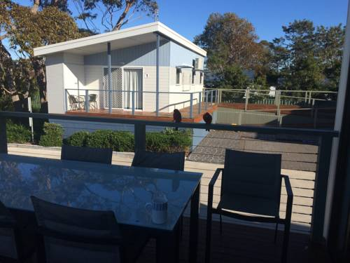 Jervis Bay Holiday Cabins Cover Picture
