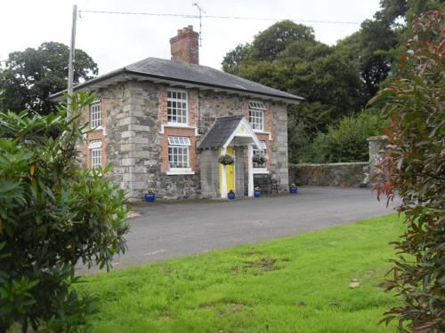 Cloverhill Gate Lodge Cover Picture