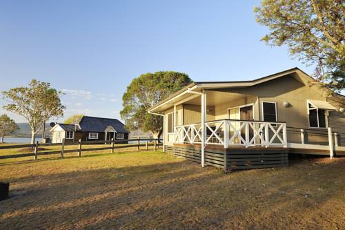 Lake Somerset Holiday Park Cover Picture