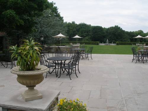 Glen Cove Mansion Hotel & Conference Center Cover Picture