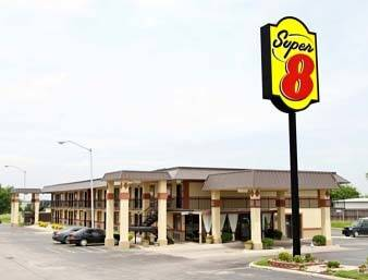 Super 8 Shawnee Cover Picture