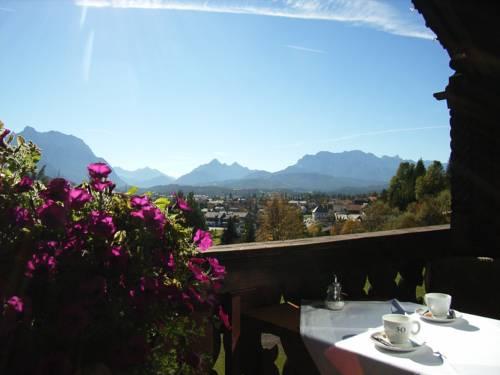 Panoramahotel Karwendelhof Cover Picture