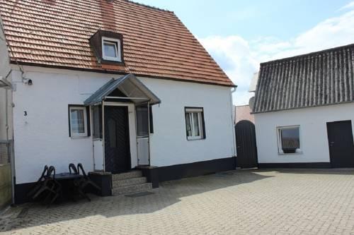 Gästehaus Neumarkt Cover Picture