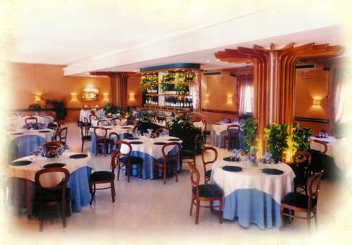 Hotel Belvedere Cover Picture