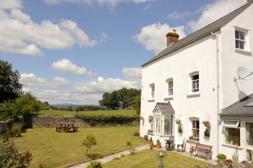 Llansabbath Country Farmhouse B&B Cover Picture
