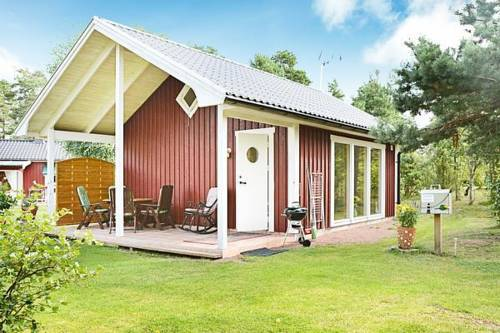 Holiday home in Mönsterås Cover Picture