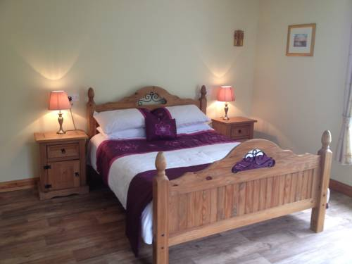 Four Oaks Self Catering & B&B Cover Picture