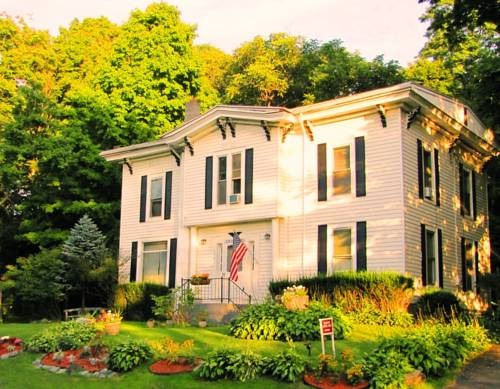 Kountry Living Bed and Breakfast Cover Picture