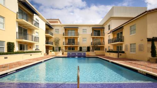 Pelican Residences in Coral Gables - Walk to Merrick Park Cover Picture