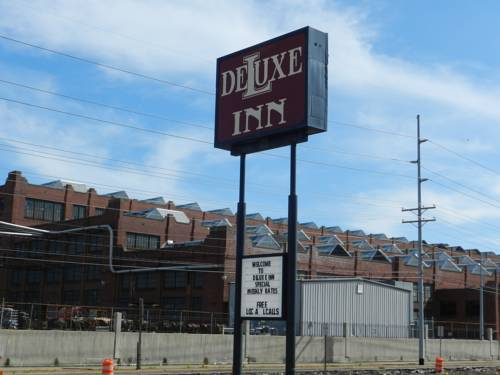 Deluxe Inn Cover Picture
