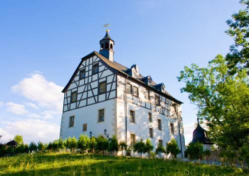 Schloss-gut-Hotel Jößnitz Cover Picture