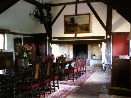 Long Crendon Manor Cover Picture