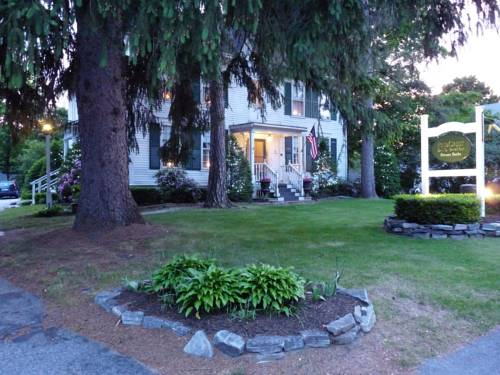 PineCrest Inn Cover Picture