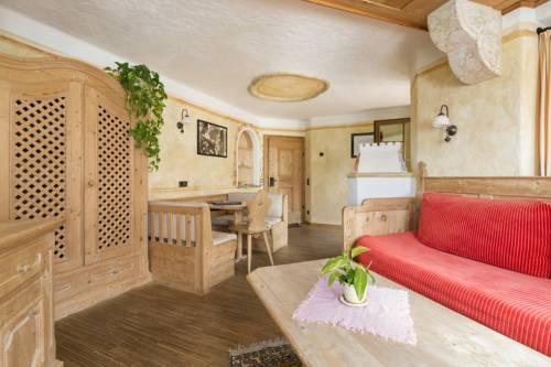 Mountain Resort Patzenfeld Cover Picture