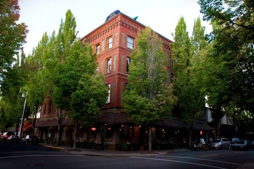 McMenamins Hotel Oregon Cover Picture