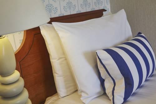 Treglos Hotel Cover Picture