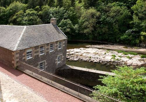 New Lanark Self Catering Waterhouses Cover Picture