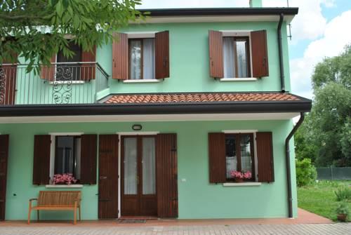 La Casa Verde Cover Picture