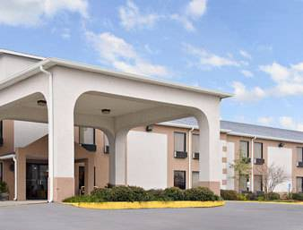 Days Inn & Suites New Iberia Cover Picture