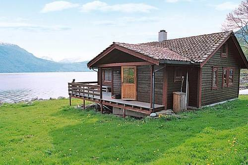 Three-Bedroom Holiday home in Nordfjordeid 2 Cover Picture