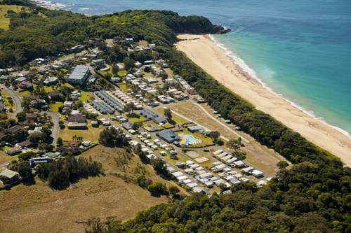 Gateway Lifestyle Beachfront Hallidays Point Cover Picture