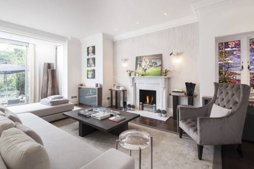onefinestay - Putney private homes Cover Picture