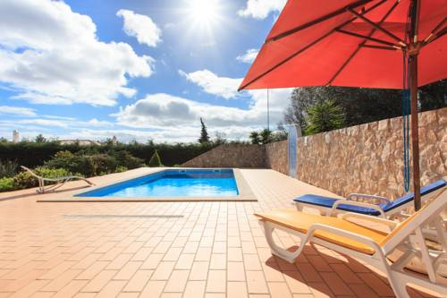 Quinta do Laranjal Cover Picture