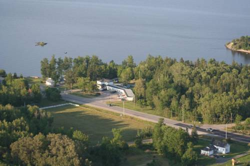 Edgewater Motel and Campground Cover Picture