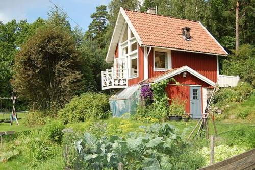 Holiday home in Floda Cover Picture