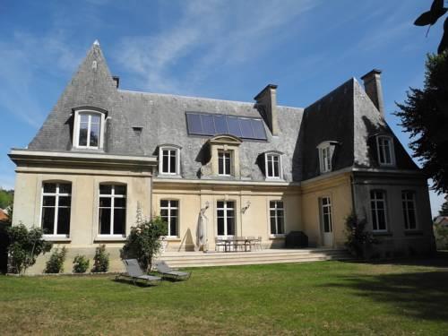 Le Château d'Hermonville Cover Picture