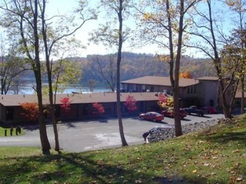 Tygart Lake Lodge Cover Picture