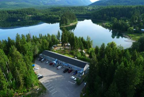 Dutch Lake Motel and RV Campground Cover Picture