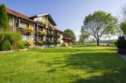 Hotel St. Leonhard Garni Cover Picture