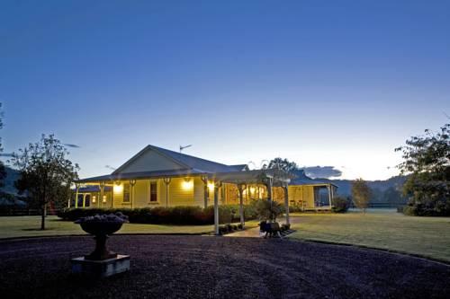 Roscrea Homestead - Luxury Retreat Cover Picture