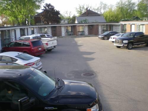 Motel Seigneurie de Vaudreuil Cover Picture