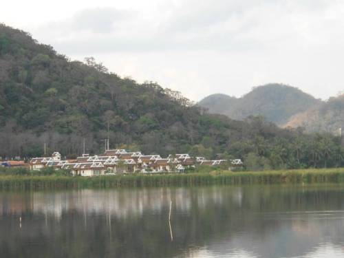 Khao Tao Lake and Beach Villas Cover Picture