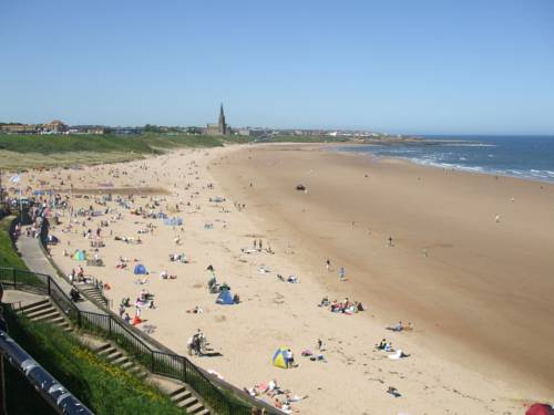 Longsands Lodge Cover Picture
