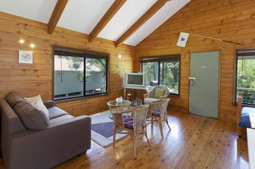 Cabin 11 @ Kangaroo Valley Resort & Golf Cover Picture