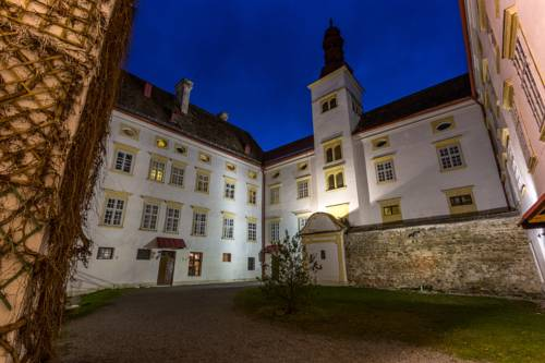 Schlosshotel Krumbach Cover Picture