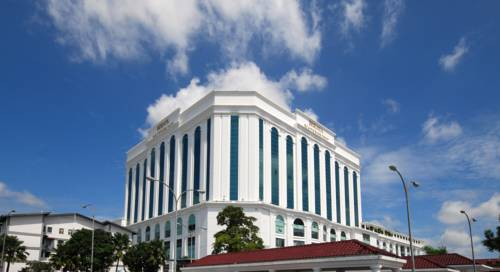 Berjaya Waterfront Hotel Cover Picture